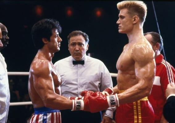 Rowaýaty boksçy Rokki Balboa ringe gaýdyp gelýär