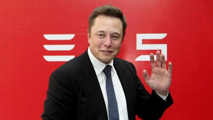 Илон Маск обогнал Баффета и Брина в рейтинге миллиардеров