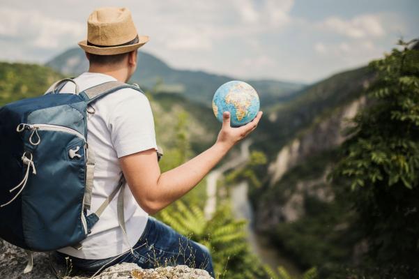 Мировой туризм потеряет за год $320 млрд. из-за COVID-19