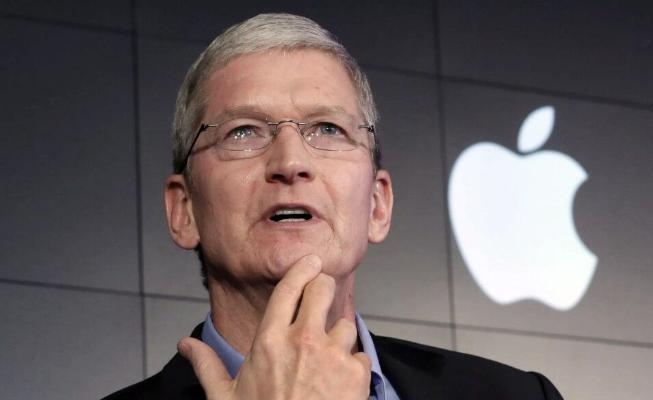 Состояние главы Apple Тима Кука превысило $1 млрд