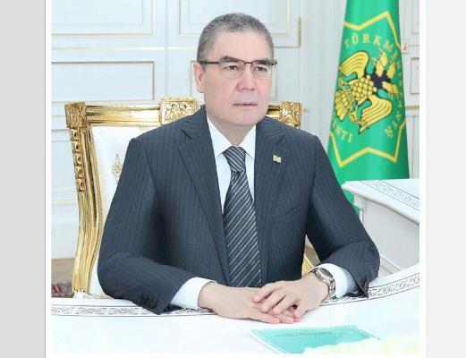 Türkmenistanyň Prezidenti maliýe-ykdysady toplumda alnyp barylýan işlere nägilelik bildirdi