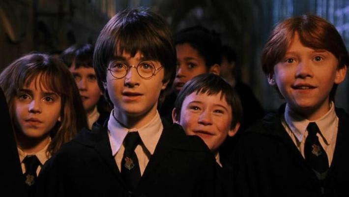 Первый фильм о Гарри Поттере заработал в прокате $1 млрд