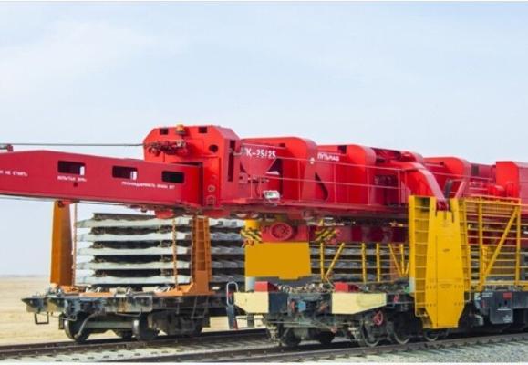 Президент заслушал отчет о строительстве железнодорожной магистрали Акина-Андхой