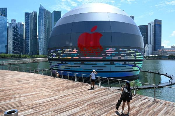 В Сингапуре откроется первый плавучий магазин Apple