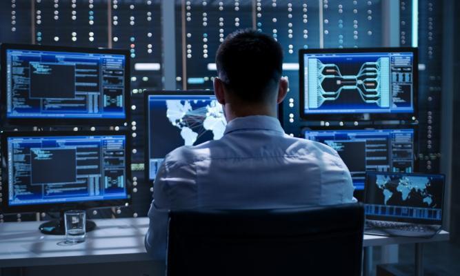 Türkmenistan kiberhowpsuzlygy üpjün etmek işlerini döwrebaplaşdyrýar