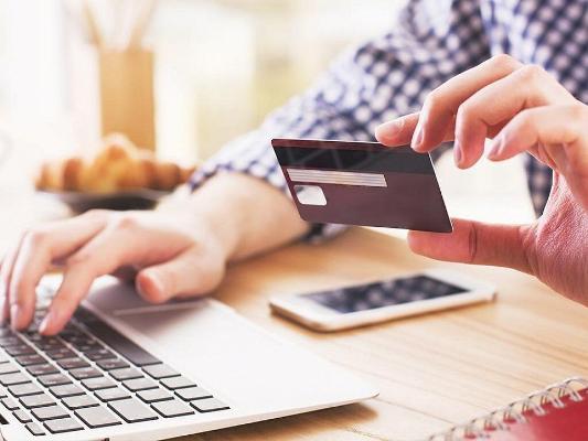 Türkmenistanyň Döwlet Daşary ykdysady iş banky kärhanalara E-commerce hyzmatyny hödürleýär