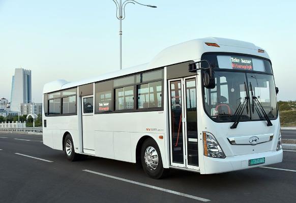 В Туркменистан прибыла партия модифицированных автобусов Hyundai