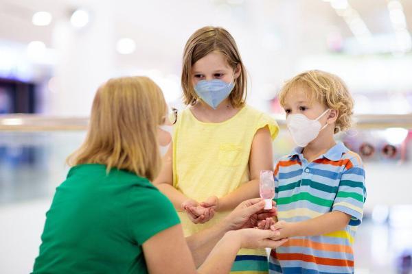 ВОЗ и ЮНИСЕФ опубликовали рекомендации по использованию защитных масок для детей
