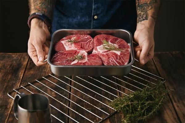 Ученые предупреждают, как не следует готовить мясо