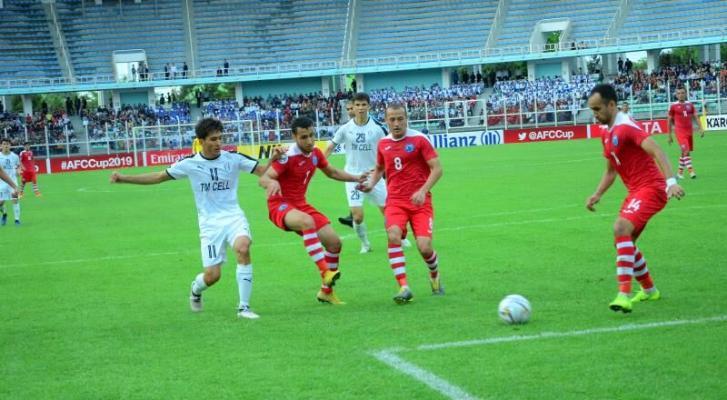 Türkmenistanda futbol duşuşyklaryny ýaýbaňlandyrmak meseleleri maslahatlaşyldy