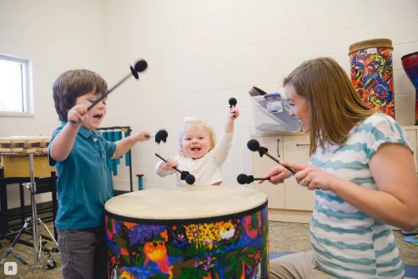Специалист объяснила, зачем детям необходима музыкальная терапия