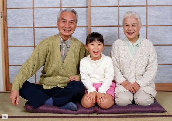 В Японии больше 80 тыс. долгожителей в возрасте старше 100 лет