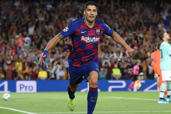 """Atletiko"" Suareze ýylda 9 mln ýewro hödürleýär"
