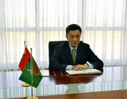 Türkmenistan Hytaý bilen hyzmatdaşlygy giňeltmegiň meselelerini maslahatlaşdy