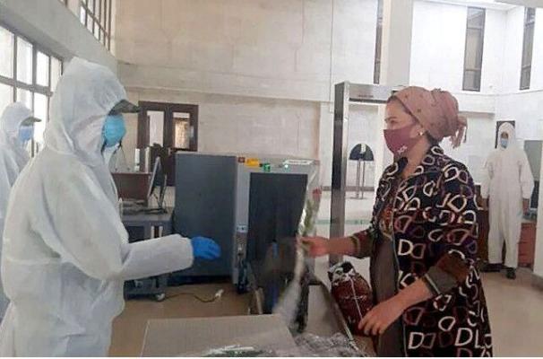 Pandemiýa zerarly Özbegistanda galan raýatlarymyz ýurdumyza dolandy