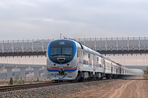 В Туркменистане продлен запрет на работу пассажирских поездов и междугородних автобусов