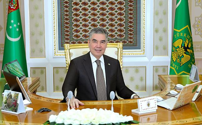 Türkmenistanyň Prezidenti sanly wideoaragatnaşyk arkaly iş maslahatyny geçirdi