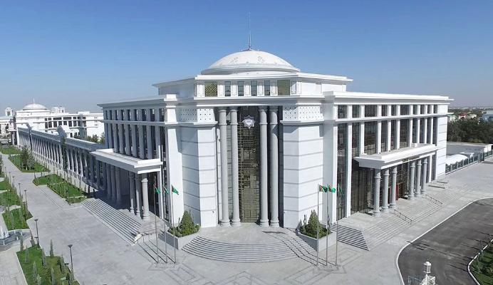 Aşgabatda täze «Diwan» myhmanhanasy açyldy