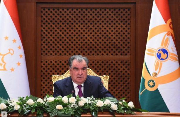 Бердымухамедов поздравил президента Таджикистана