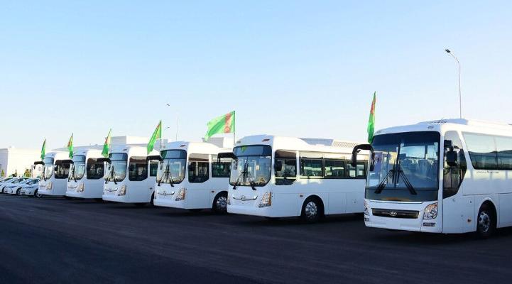 Aşgabatda üç sany täze awtobus ugry açylýar