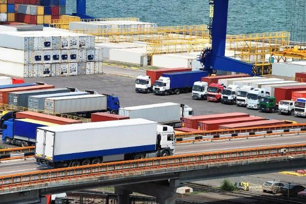 Обнародована сумма платежей для иностранных грузоперевозок через Туркменистана
