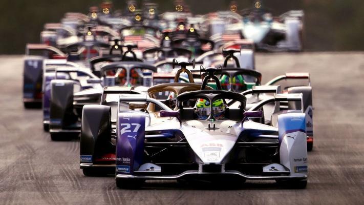 """Опубликован календарь """"Формулы-1"""" на предстоящий год"""