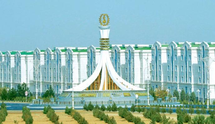 В Туркменистане начнется строительство ряда новых медучреждении