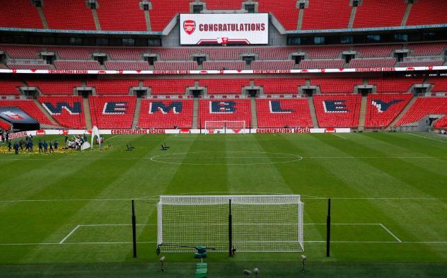 Со 2 декабря в Англии разрешат зрителям присутствовать на стадионах
