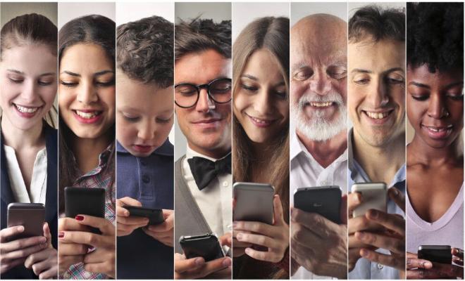 Психолог рассказал о способах оторвать человека от смартфона
