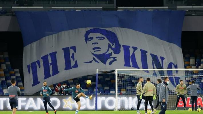 «Napoli» stadionynyň ady Diego Maradonanyň hormatyna üýtgedildi