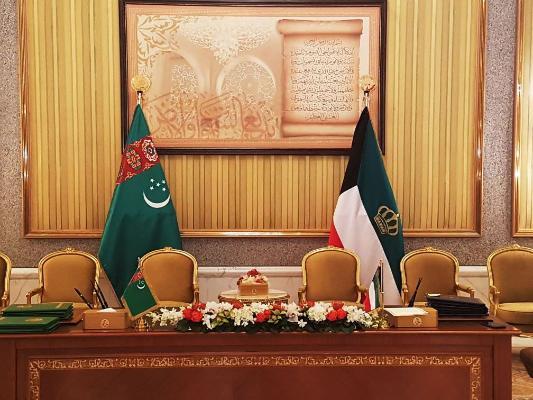 Дипломатические институты Туркменистана и Кувейта провели видеовстречу в честь юбилея