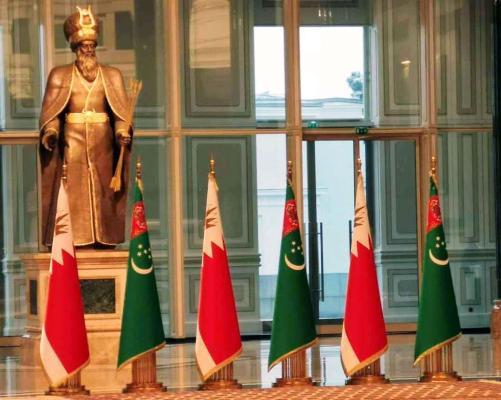 Türkmenistanyň Prezidenti Bahreýniň Patyşasyny gutlady