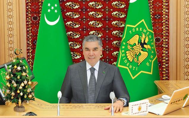 Бердымухамедов поздравил глав дипмиссии в Туркменистане с наступающим Новым годом