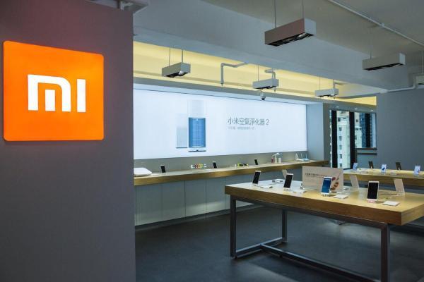 Xiaomi bäş minutda 350 müň sany Mi 11 smartfonyny satdy