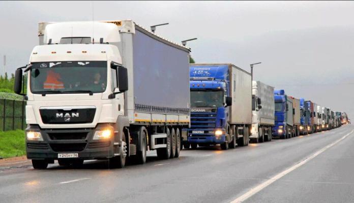 Туркменистан продлевает режим тестовых автотранспортных перевозок на границах страны