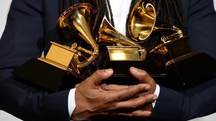 Церемония вручения музыкальной премии Grammy перенесена