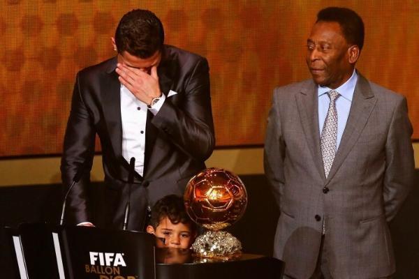 Пеле увеличил количество голов в своём инстаграме после того, как его обошли Роналду и Месси