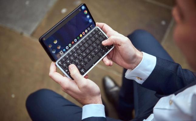 Planet Computers выпустила первый в мире 5G-смартфон с физической клавиатурой