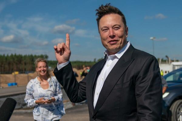 Илон Маск объявил конкурс на $100 миллионов