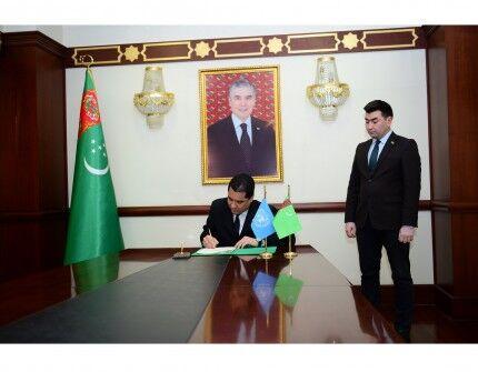 Türkmenistan ÝUNESKO bilen hyzmatdaşlygyny işjeňleşdirýär