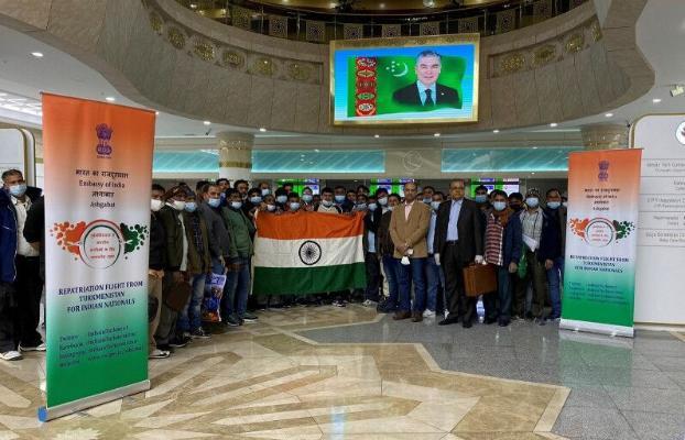 В Нью-Дели вылетел очередной вывозной авиарейс из Туркменабата