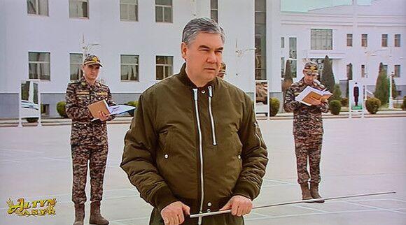 Туркменским военнослужащим обновят экипировку