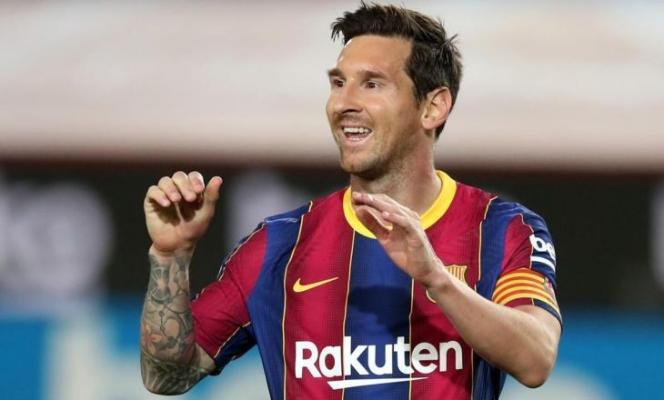Лучшим футболистом десятилетия по версии IFFHS признан Месси. Роналду — второй