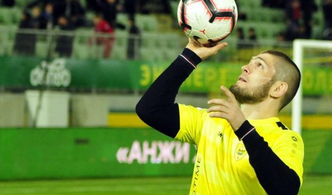 "Nurmagomedow professional futbolçy bolup, ""Realyň"" düzüminde oýnamak isleýär"