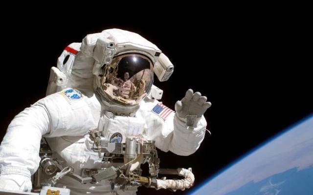 Ilon Mask NASA Aý stansiýasynyň gurluşygynda kömek eder
