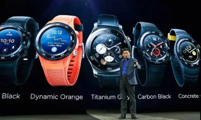 «Huawei-iň» «akylly» sagatlary we gulaklyklary žurnalistleriň baýraklaryna eýe boldy