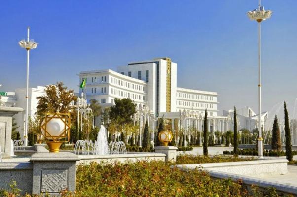 Gurbanguly Berdimuhamedow Türkmenistanyň Baş prokurorynyň orunbasaryny belledi