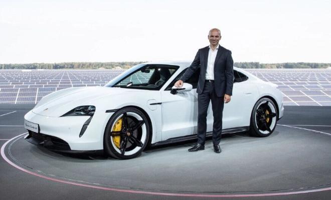 BI: Разработкой электрокаров в Apple занимается инженер Porsche
