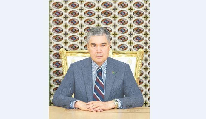 Gurbanguly Berdimuhamedow Sanly ulgam merkezine baryp gördi