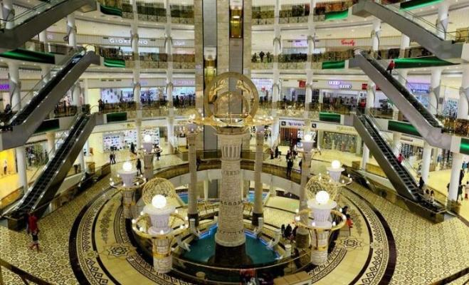 Столичный торговый центр «Беркарар» открылся для посетителей